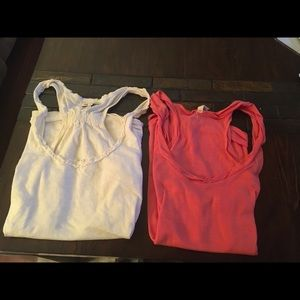Two tanks XL Old Navy & AE